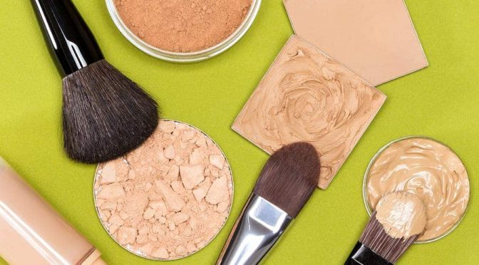 bigstock-Makeup-Products-To-Even-Out-Sk-116377907_hzxxbj_pkxaiy-672x372