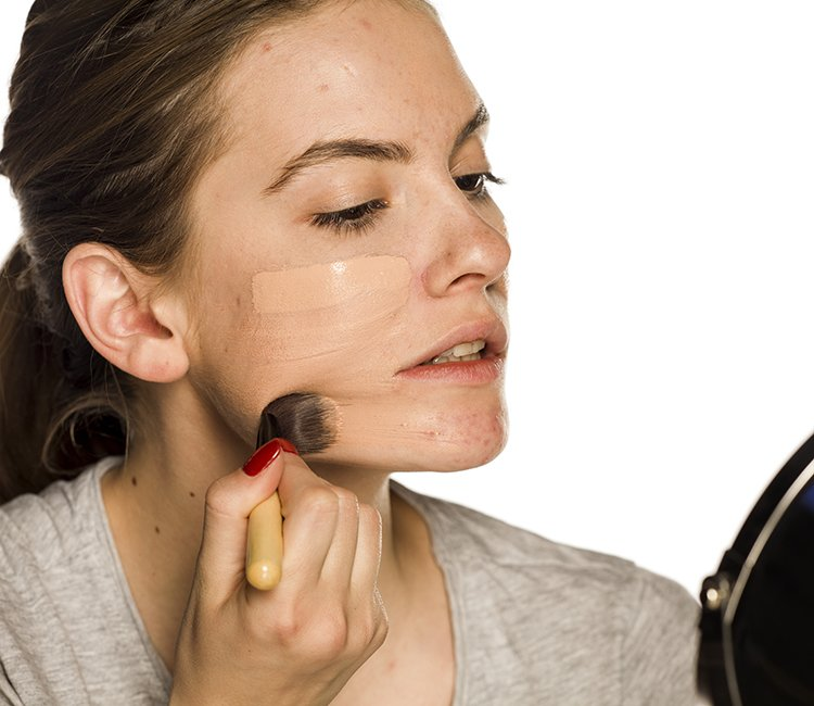 11 Foundations That Actually Help Your Acne