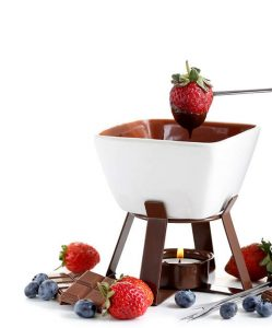 Microwavable chocolate fondue set