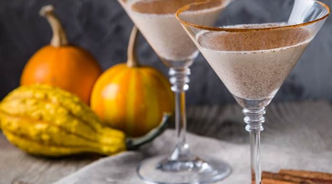 5 Guilt-Free Cocktails That Go Great With Thanksgiving Dinner